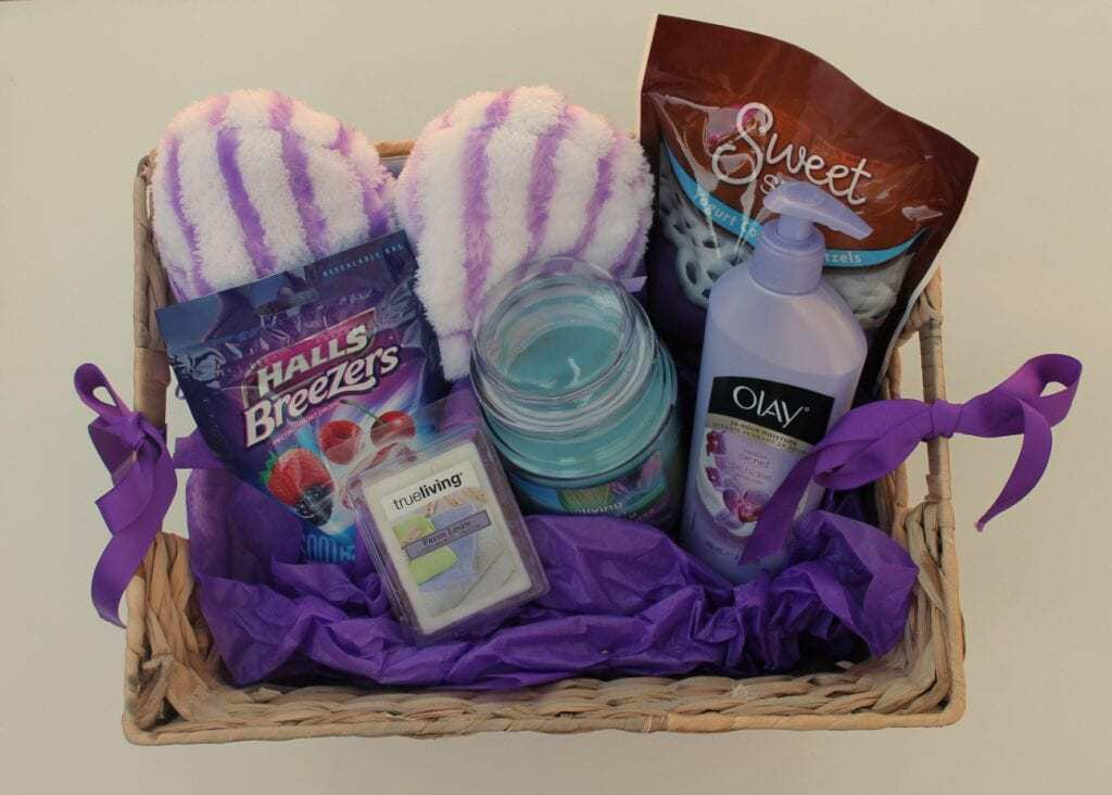 Gift Basket For The Elderly And Why Kids Should Be Around