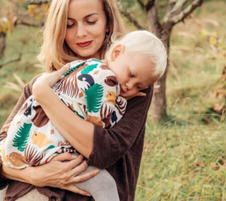 9 Reasons Why Cuddling Your Kids Makes Life Better