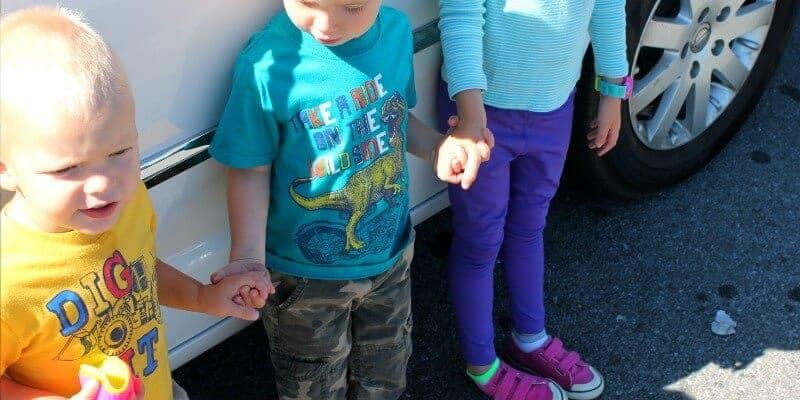 holding hands van