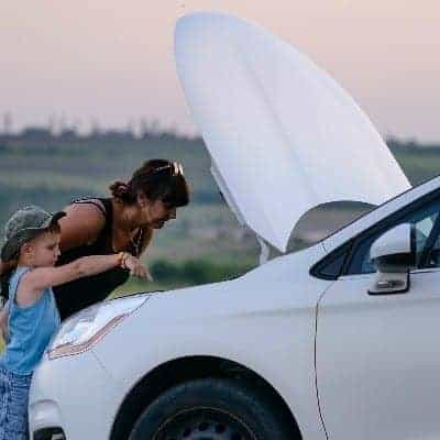 Roadside Emergencies… What Every Mom Needs to Know