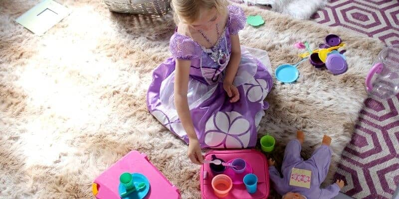 ella kate playing princess sofia