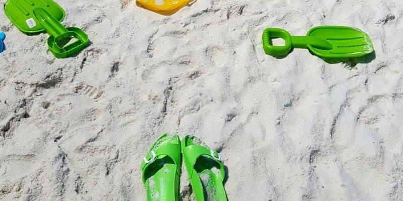 bump frump beach trip
