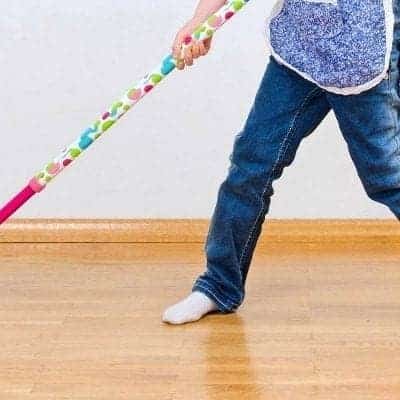 How Moms Can Work Themselves Out of Their Chores (A Step By Step Guide)