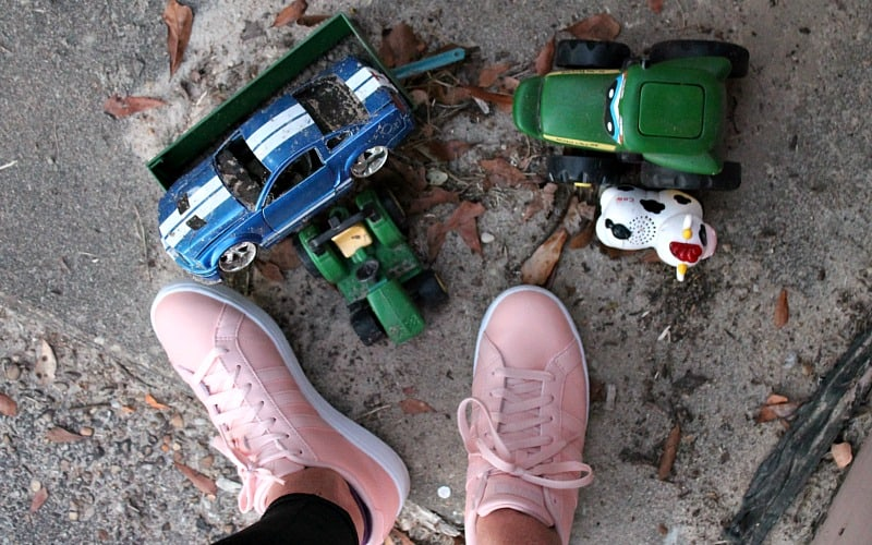 shoes-and-toys
