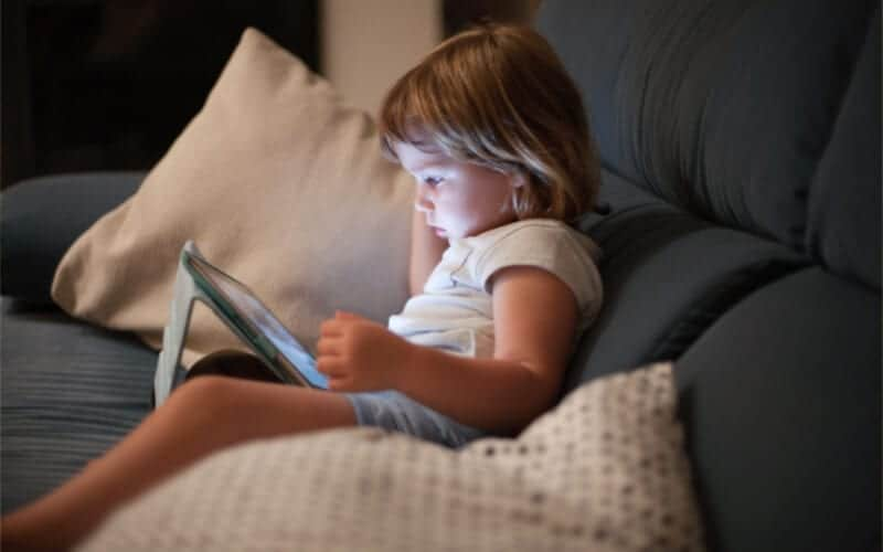 screen time rules for summer with preschoolers and elementary aged kids