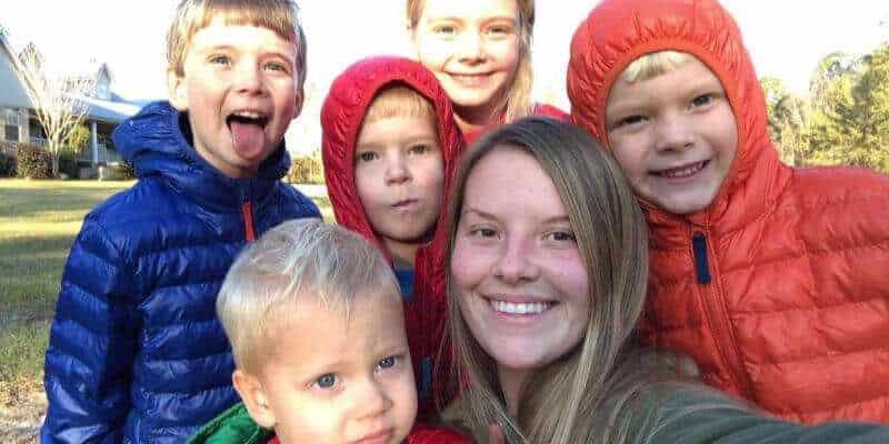 mother's helper job description, babysitter with large family