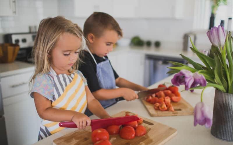 preschoolers learning kitchen skills